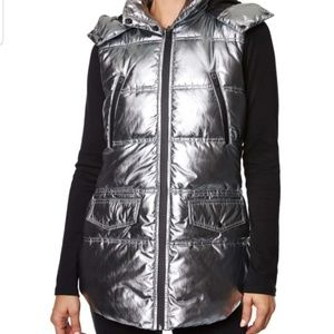 Betsy Johnson Silver Puffed Hooded Vest Sm & Med
